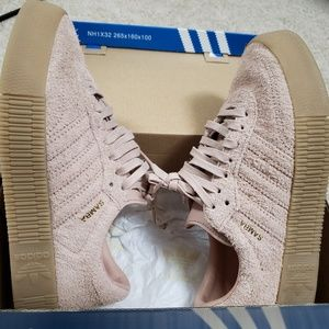 Adidas Sambarose 5.5